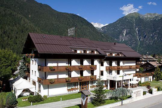 Hotel Royal Pinzolo