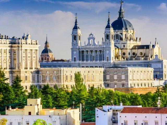 madrid-cattedrale-almudena-750x500