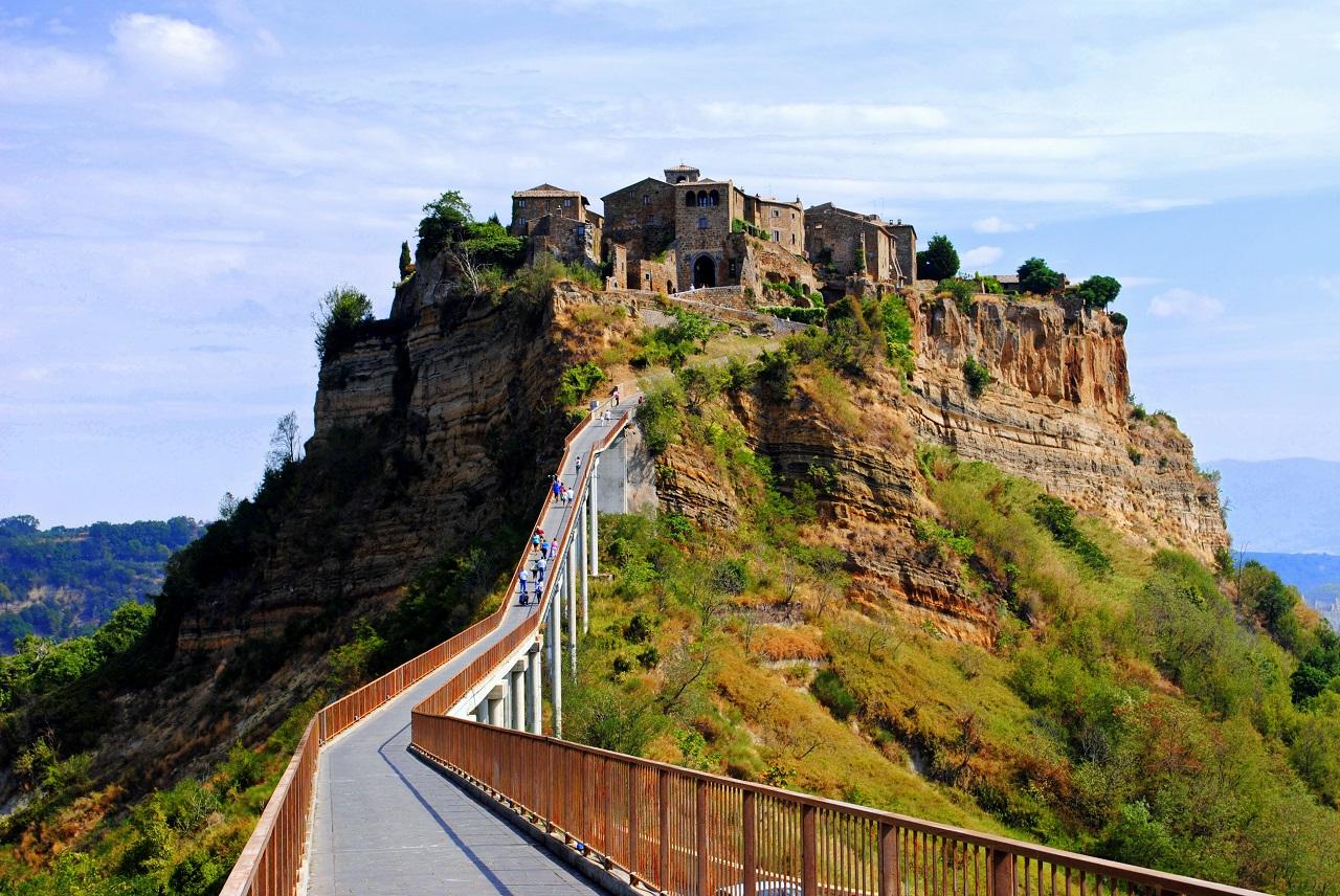 Visitare-Civita-di-Bagnoregio
