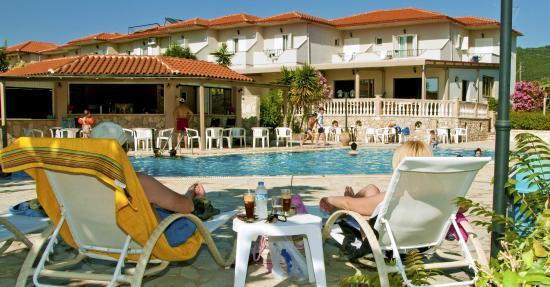 elina-hotel