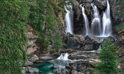 waterfalls-5064826_1920